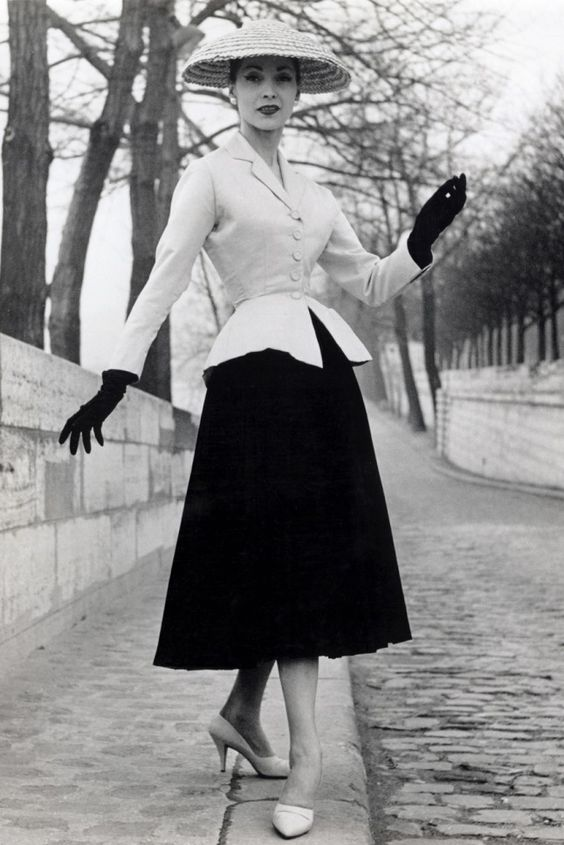 dior women 1947 new look