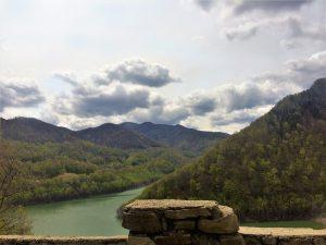 Valea Buzaului Relaxare la munte