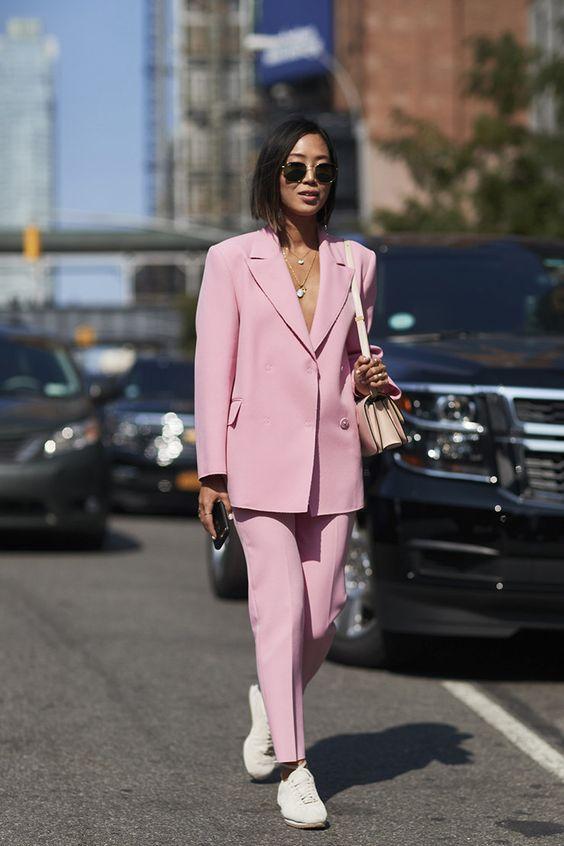 sport pink office moda