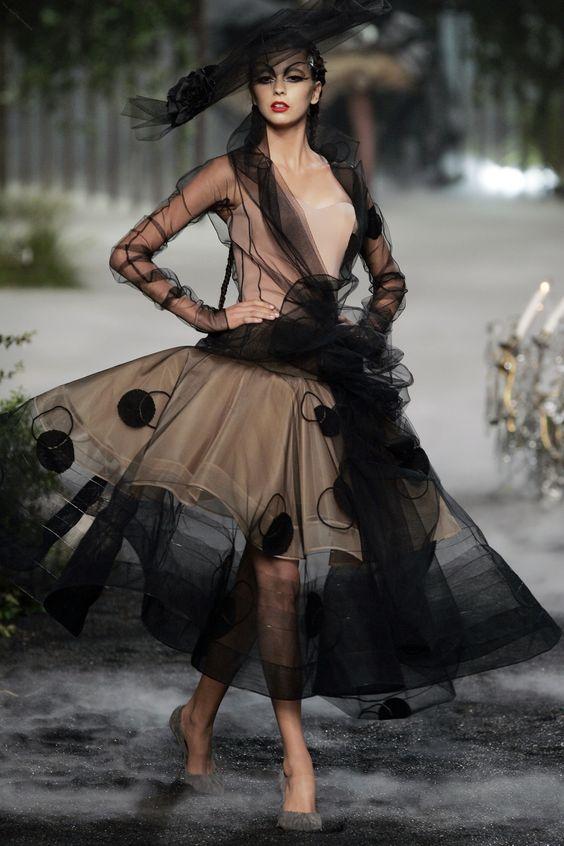 Galliano pentru Dior 2005